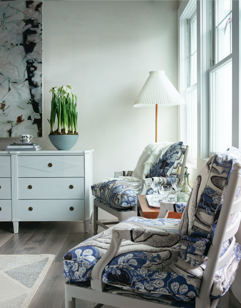 Furniture, Room, Bedroom, White, Blue, Interior design, Green, Property, Bed, House,