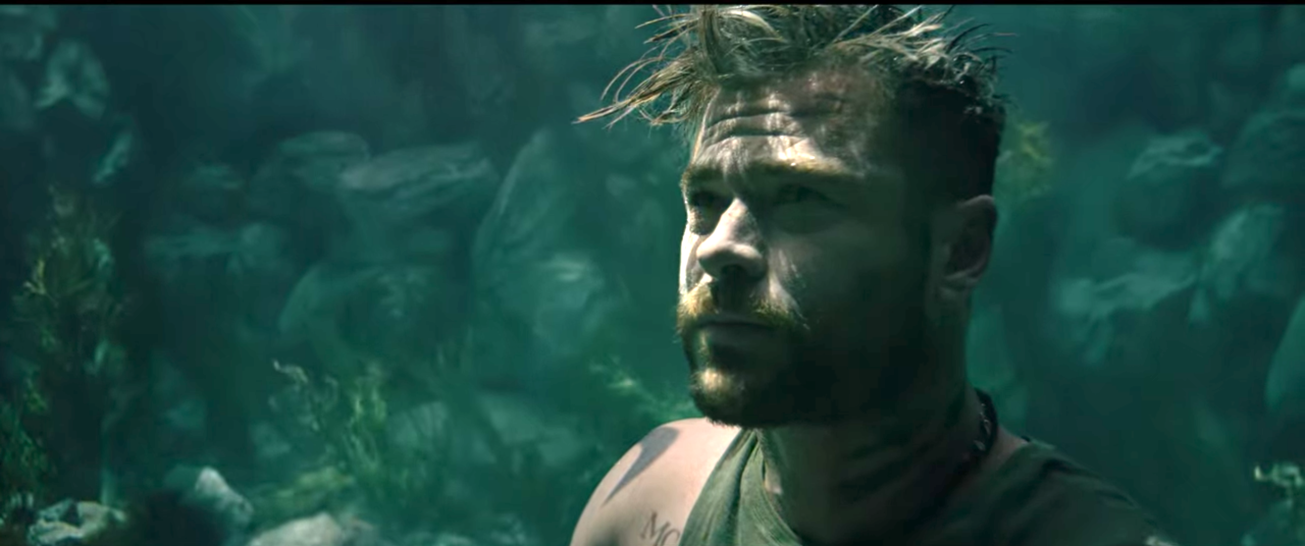 For Extraction Chris Hemsworth Held His Breath For 3 Minutes