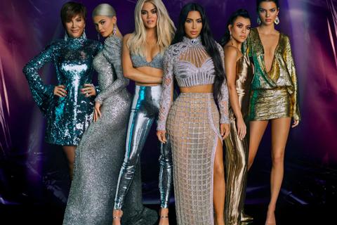Fashion model, Fashion, Performance, Event, Fashion design, Haute couture, Dress, Music artist, Fashion show, Model,