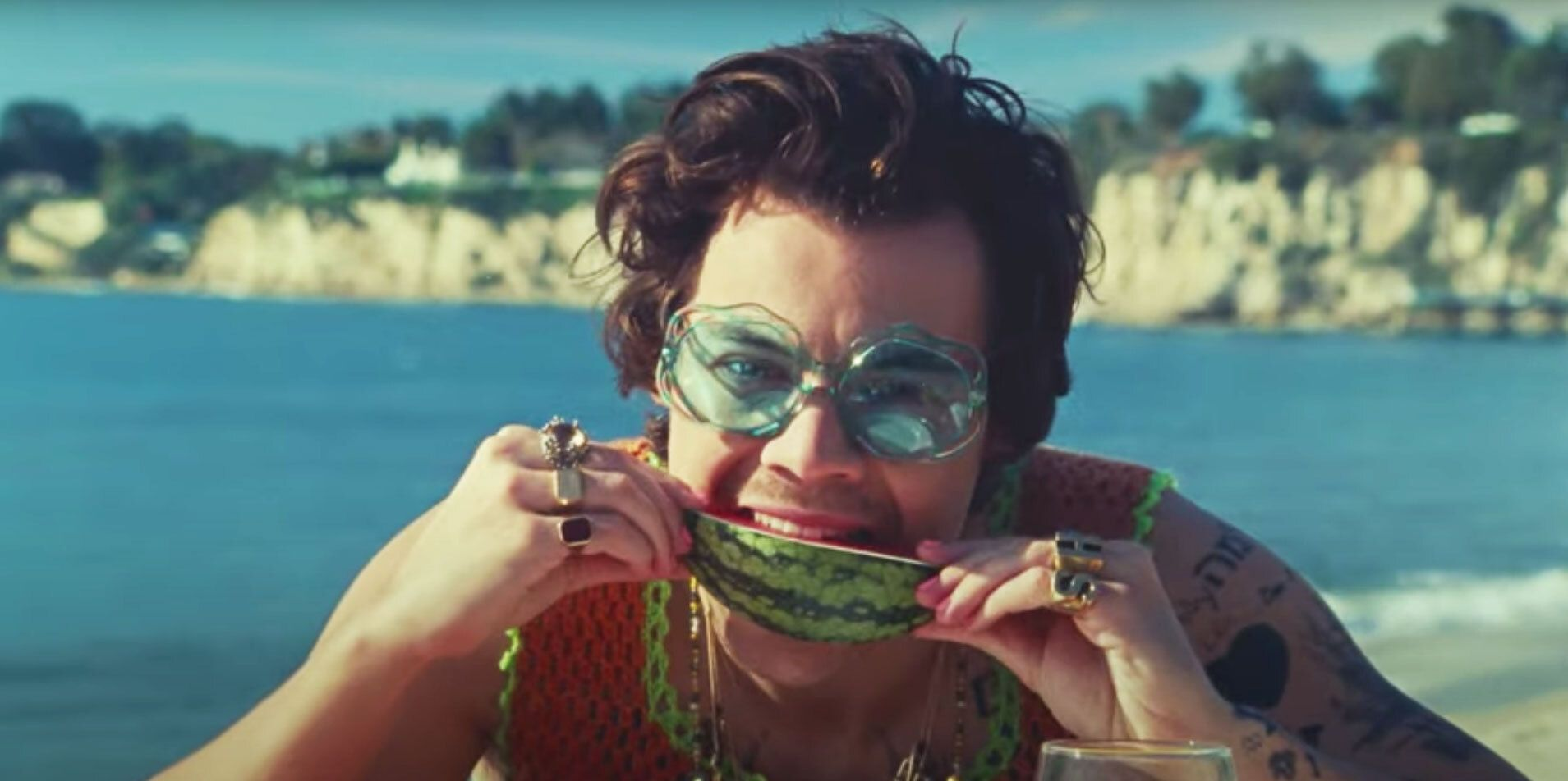 Harry Styles Touching a Watermelon Is Making People Extremely Horny