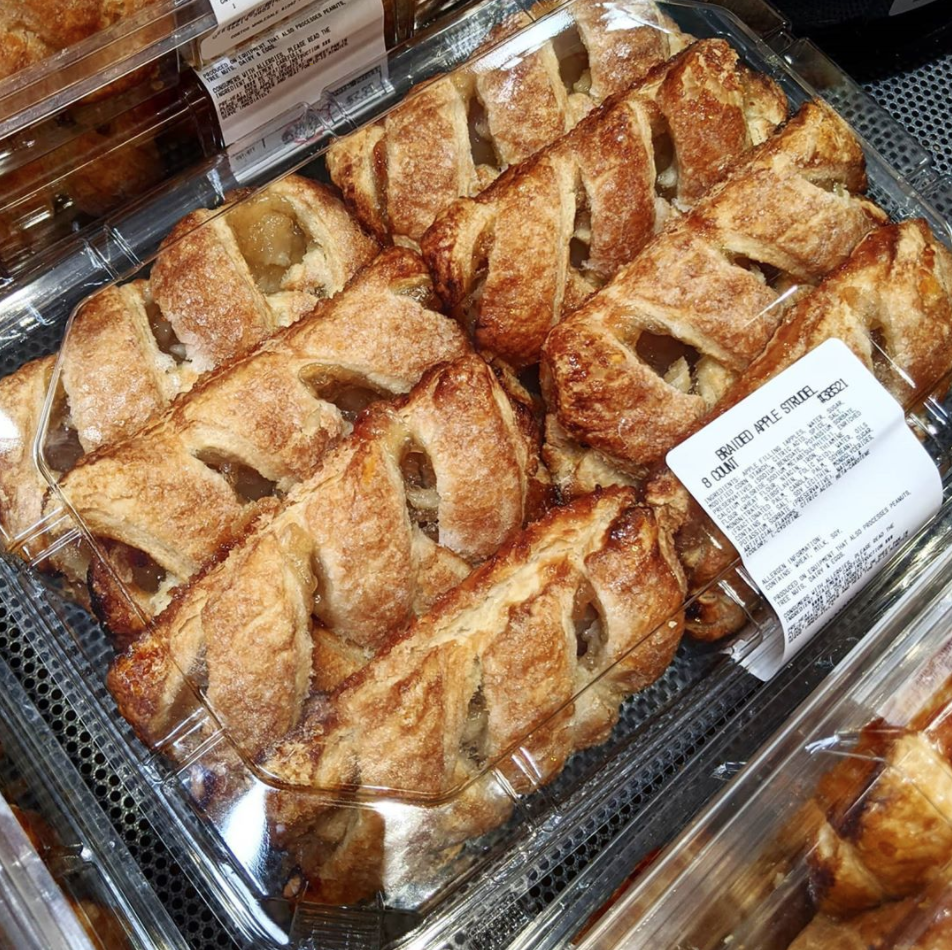 Costco Is Selling Braided Apple Strudels That Look Just Like The ...
