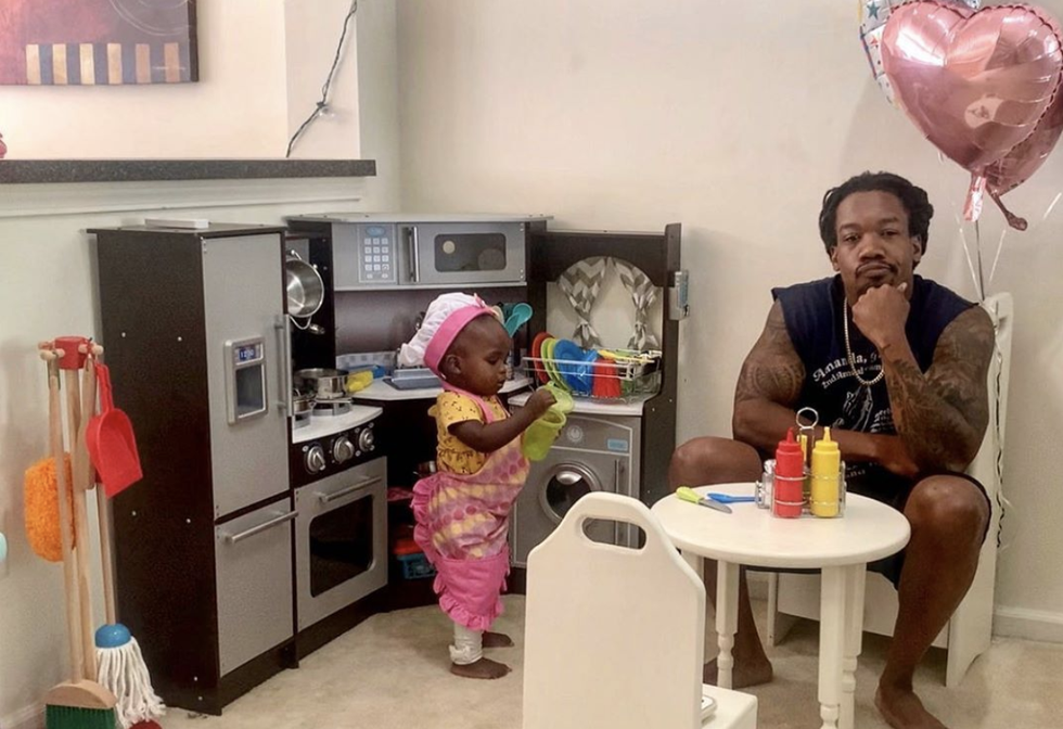 This Dad's Post About His 18-Month-Old's Play Kitchen Offers a Sincere Message About Supporting Black Business thumbnail