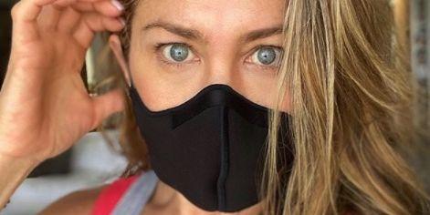 "Jennifer Aniston's powerful plea to ""wear a damn mask"" for coronavirus"