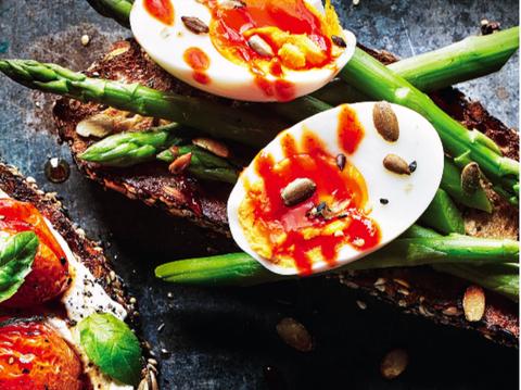 eggs and asparagus on toast