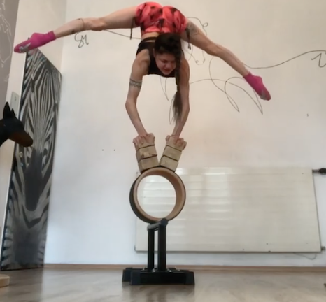 This Daredevil Acrobat Performs Some of the World's Most Jaw-Dropping Feats of Balance and Strength thumbnail