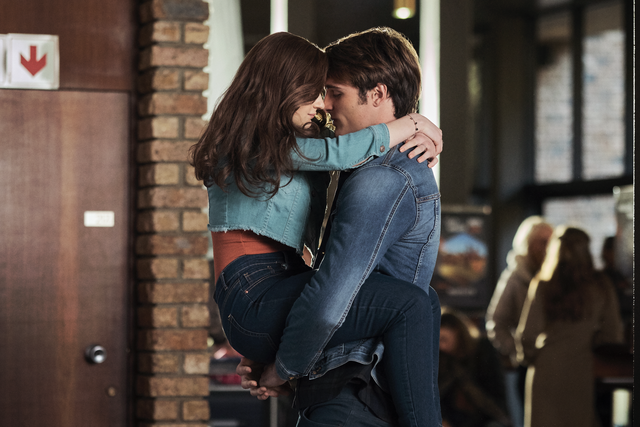 joey king and jacob elordi in the kissing booth 2