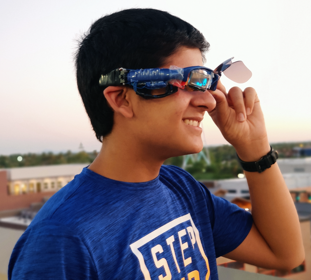 mars kapadia shows off his smart glasses