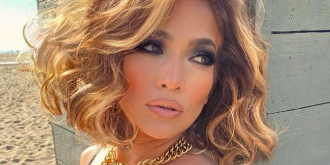 Jennifer Lopez Updated Her Hair For Fall With A Short Curly Bob