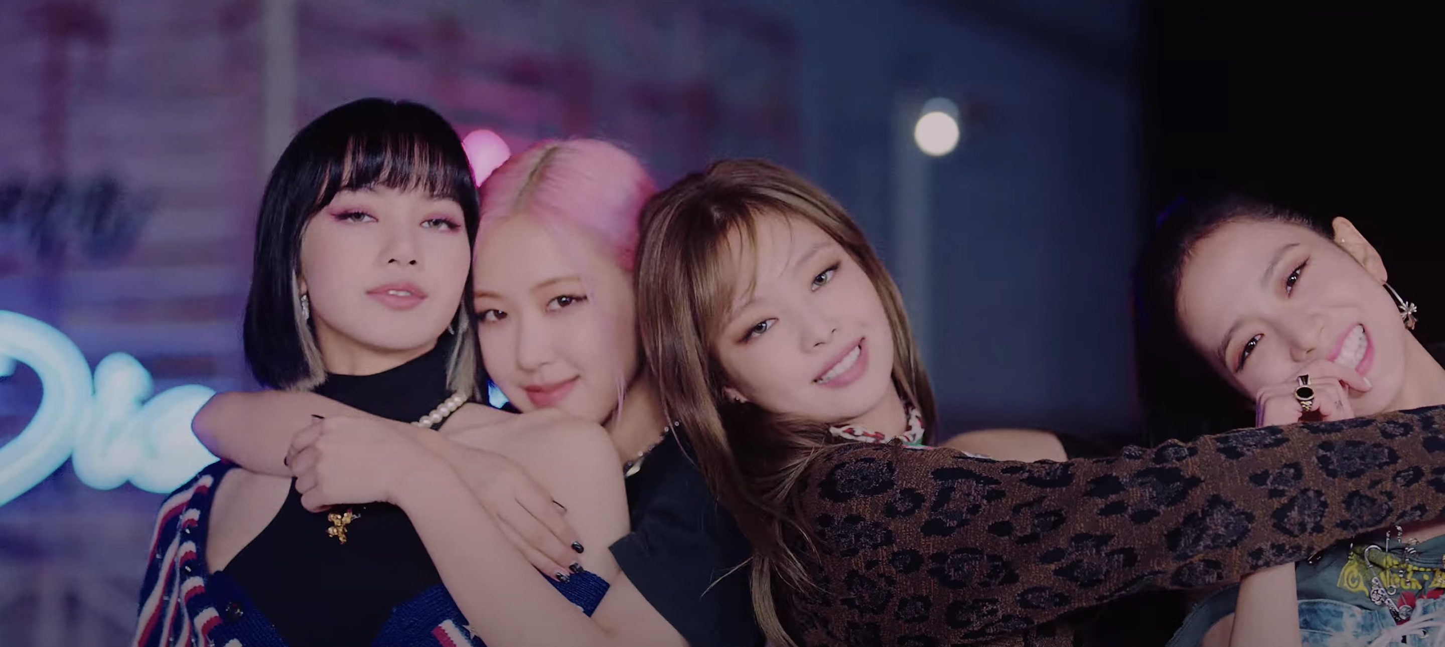BLACKPINK Lovesick Girls remain at the top