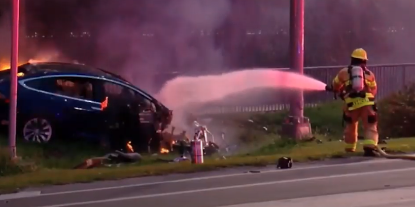 In Case of Electric-Car Fire, Half of Fire Departments Are Unprepared
