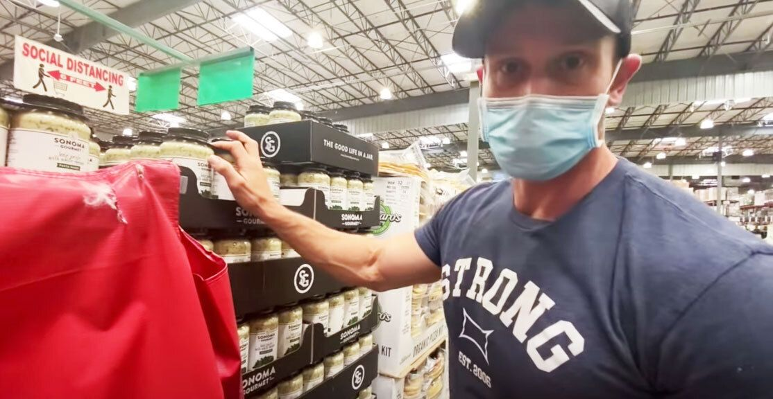 This Guy Reviewed the 15 Best New Keto Foods at Costco