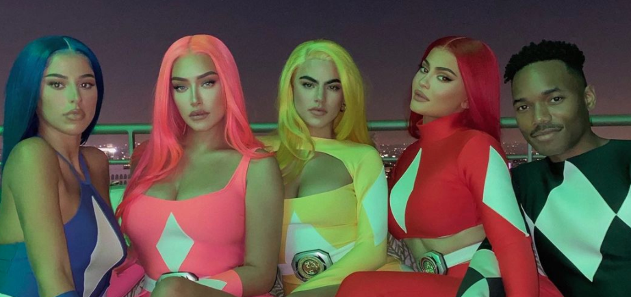 "Kylie Jenner Claps Back at Critics Trolling Her ""Plastic"" Power Rangers Costume"