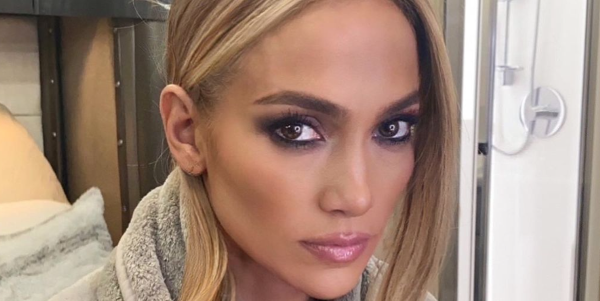 Jennifer Lopez's '90s-Inspired Space Buns Are Taking Me All the Way Back