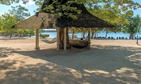 hedonism ii beach