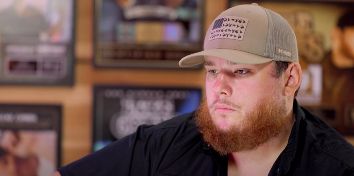 """Country Star Luke Combs Says His OCD Triggers """"Obsessive"""" Fears of Having a Heart Attack"""