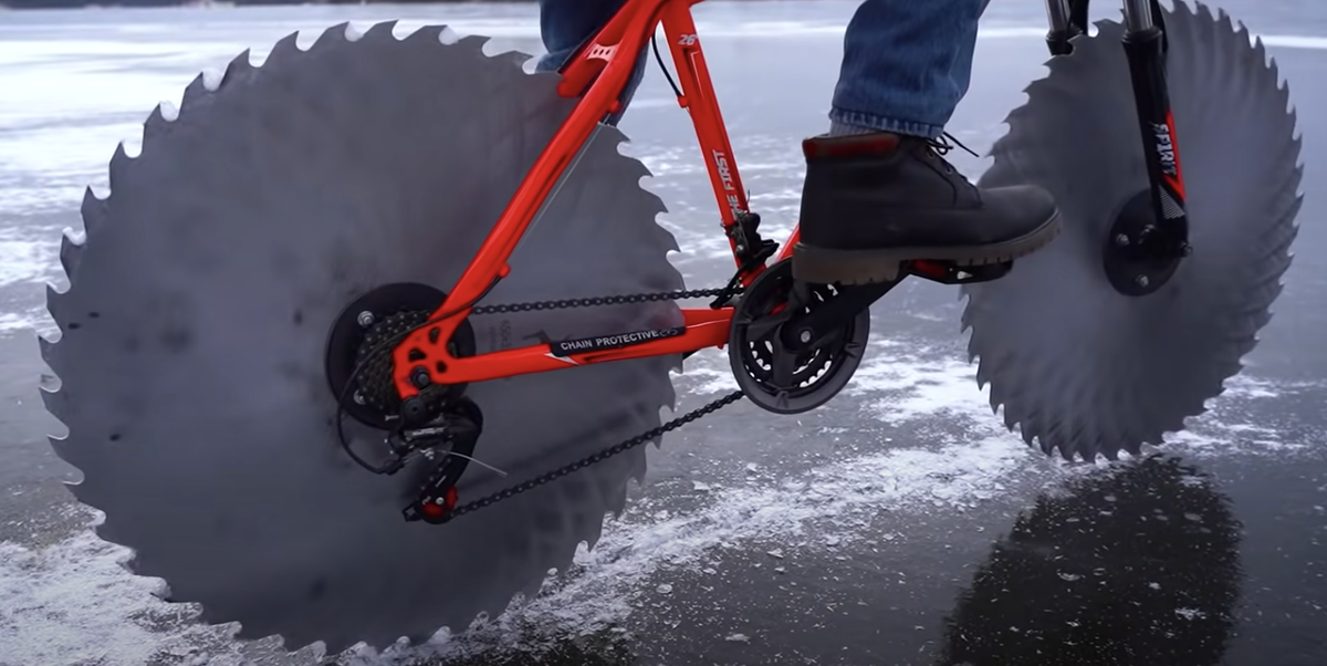 This Guy Replaced His Bike Tires With Circular Saw Blades to Ride on Ice