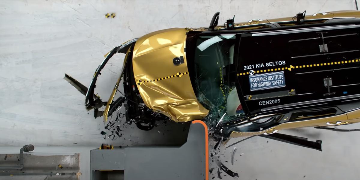 NHTSA and IIHS Crash Test Safety Ratings Explained