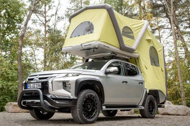 mitsubishi truck camper