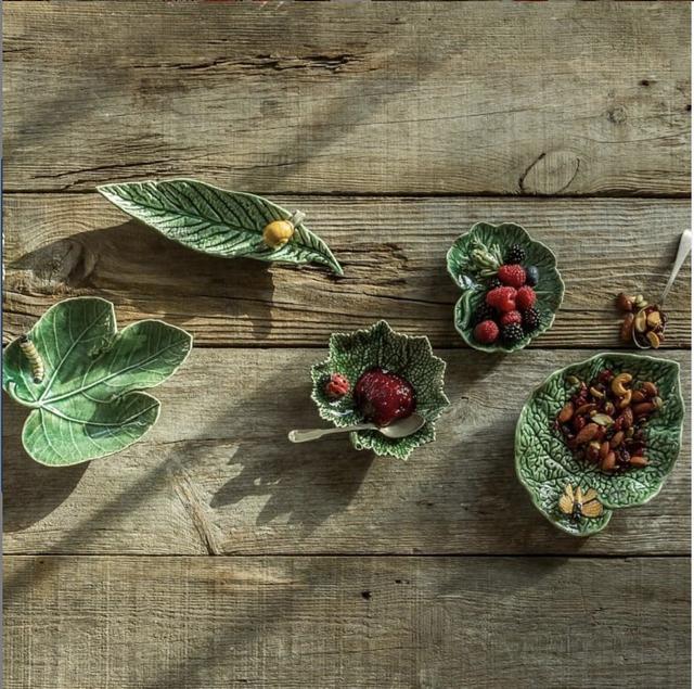 bordalho pinheiro cabbage bowls