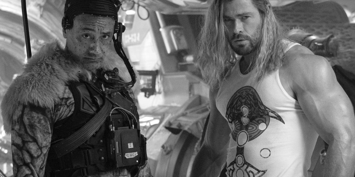 Hulk Hogan Reacts to Chris Hemsworth's Massive Arms in 'Thor 4' Photo
