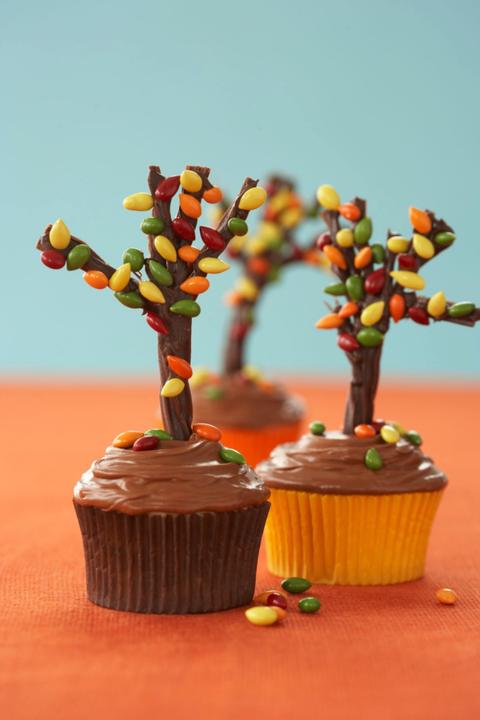 thanksgiving cupcakes autumn tree cupcakes