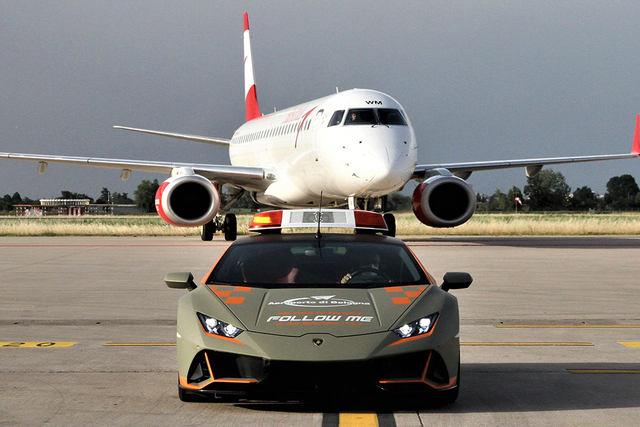 lamborghini huracan evo bologna airport