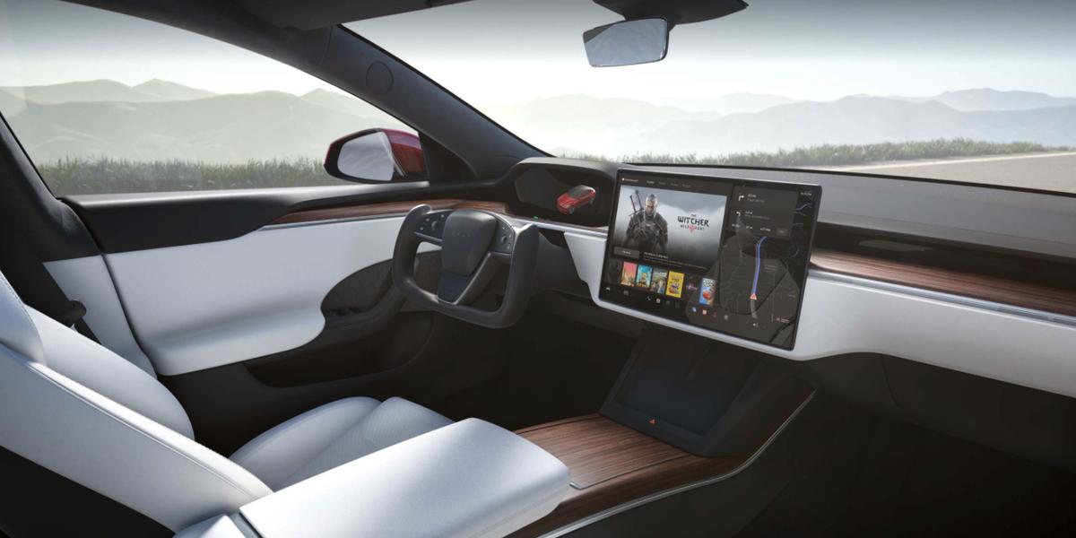Musk: No Chance at Steering Wheel Instead of Yoke in Tesla Model S