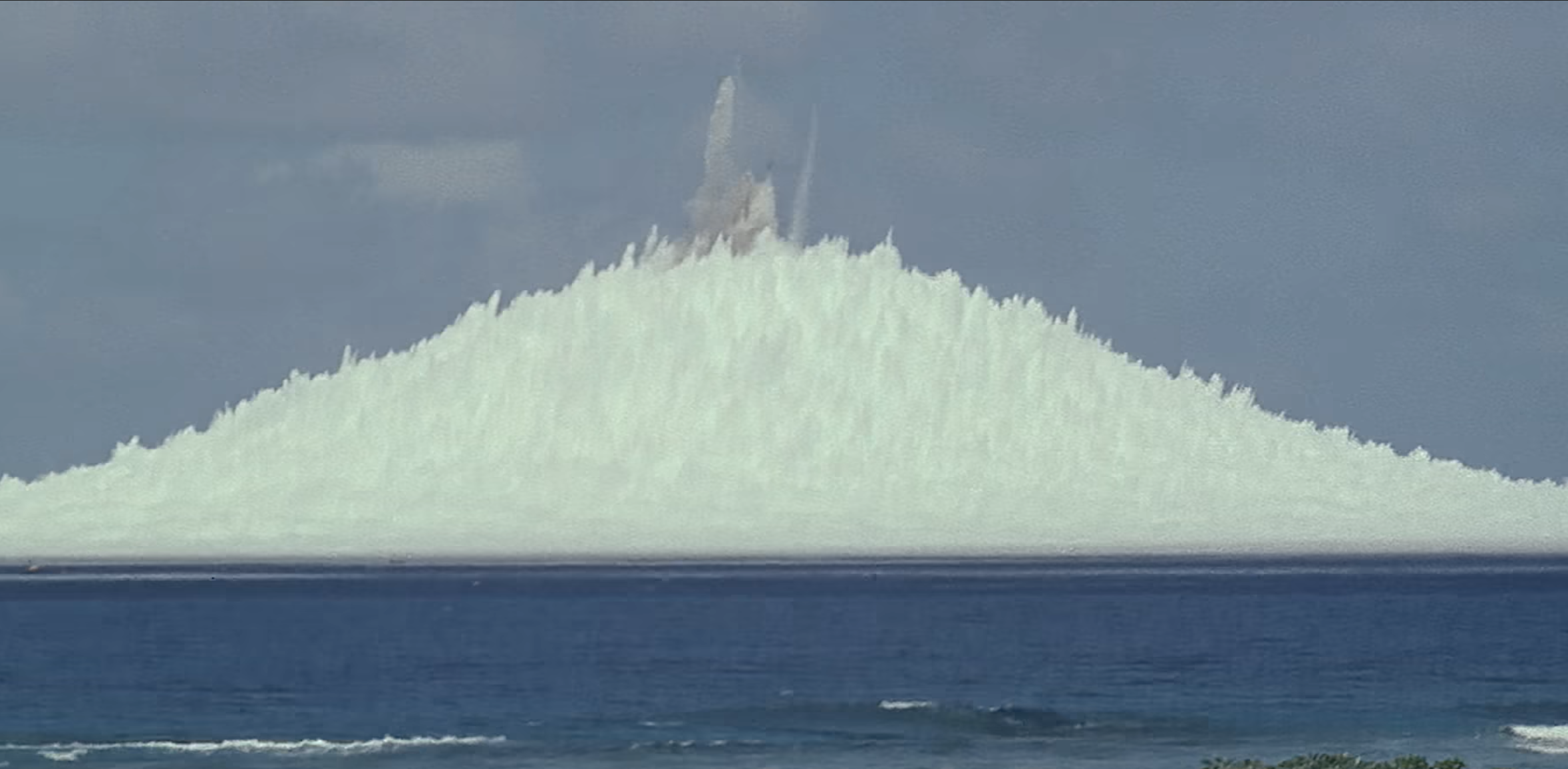 Watch a Tiny Nuke Throw a Tower of Water More Than a Half-Mile High