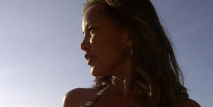 Vanessa Williams, 58, Is Glowing In A Brand New Bikini Photo On Instagram
