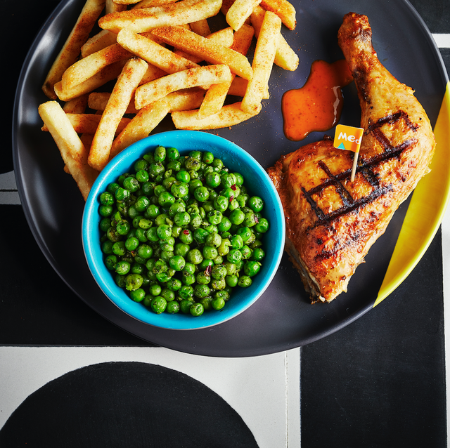 nando's is giving away free food to students