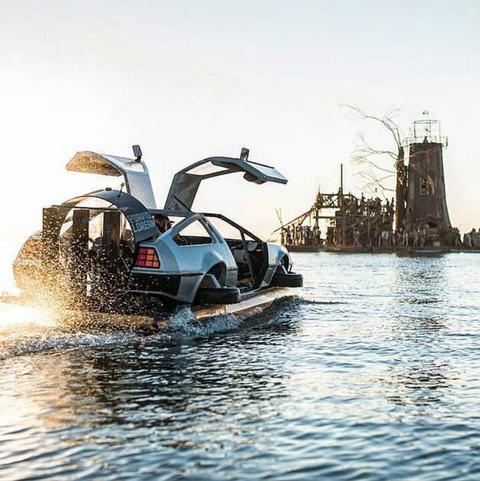 Water transportation, Vehicle, Boat, Water, Waterway, Watercraft, Boating, Tourism,