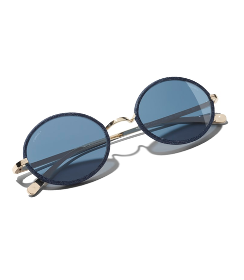 occhiali da sole 2019, tendenze occhiali da sole, moda occhiali da sole 2019, occhiali da sole 2019 modelli, occhiali da sole Gucci, occhiali da sole Cartier, occhiali da sole miu miu, occhiali da sole Ray ban, occhiali da sole lenti colorate, occhiali da sole lenti rosa, occhiali da sole lenti gialle, occhiali da sole lenti azzurre, occhiali da sole lenti sfumate
