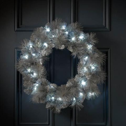 Meet B&M's dreamy new £19.99 silver wreath