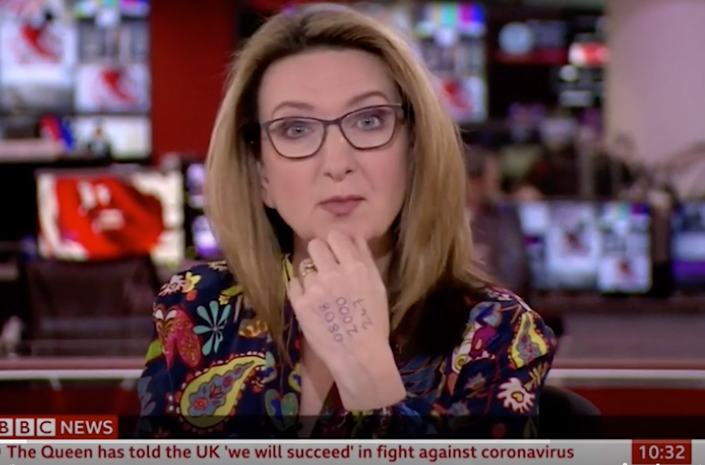 Victoria Derbyshire Presents Bbc News With Helpline On Her Hand