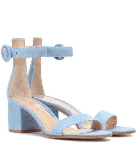 moda sandali 2020, sandali azzurri, sandali estivi
