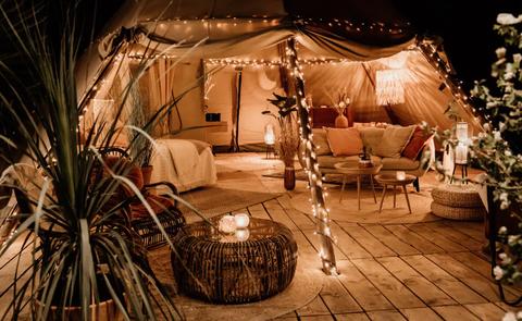 airbnb tipitent