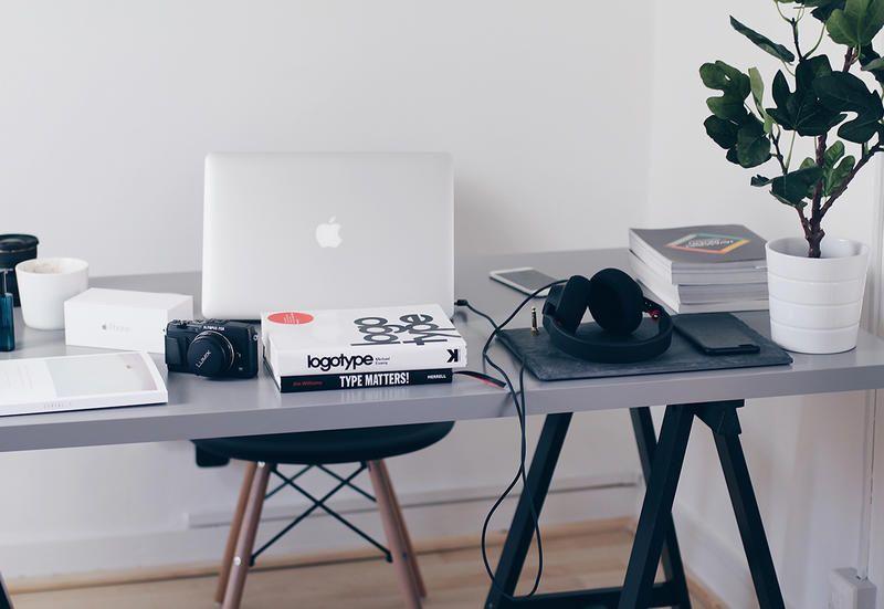 Scrivania Ufficio Design : Scrivanie da ufficio: le tendenze arredamento 2017 2018