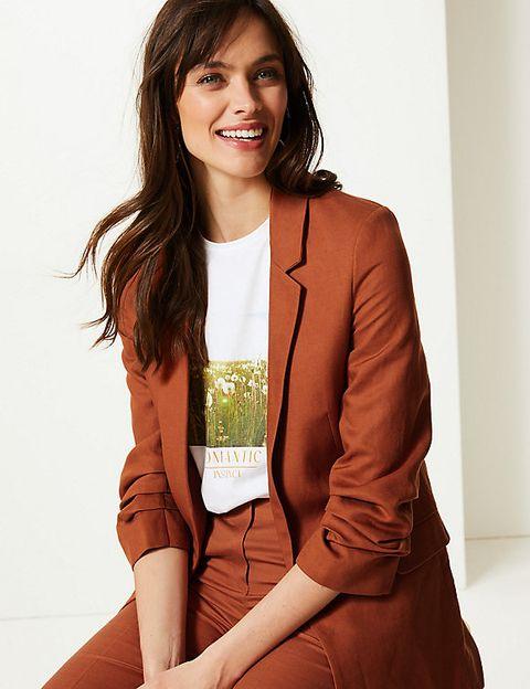 Clothing, Outerwear, Blazer, Jacket, Photo shoot, Fashion, Photography, Long hair, Brown hair, Fashion design,