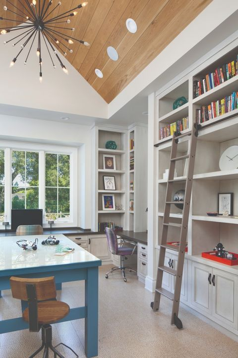 Room, Shelf, Ceiling, Furniture, Building, Interior design, Property, Shelving, Home, Wall,