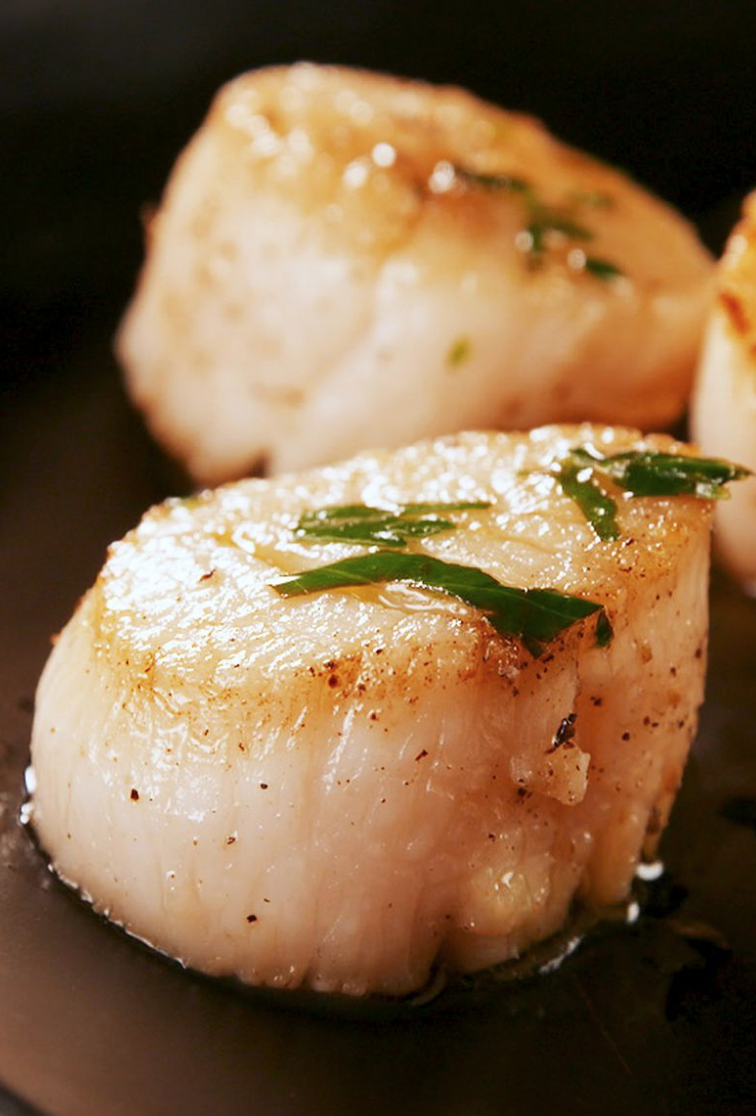 25 Easy Healthy Dinner Recipes - Seared Scallops