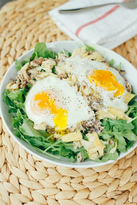 Dish, Food, Fried egg, Cuisine, Ingredient, Egg, Poached egg, Bibimbap, Produce, Spinach,