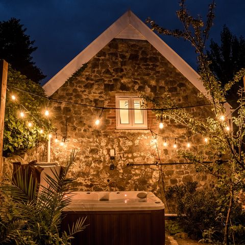Airbnb Uk Top 10 Most Wish Listed Airbnb Homes To Book