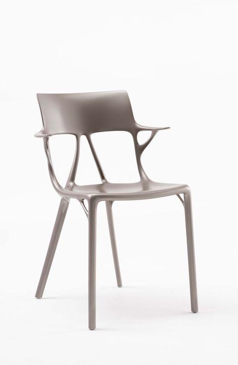 Philippe Starck e Kartell hanno portato la prima sedia ...