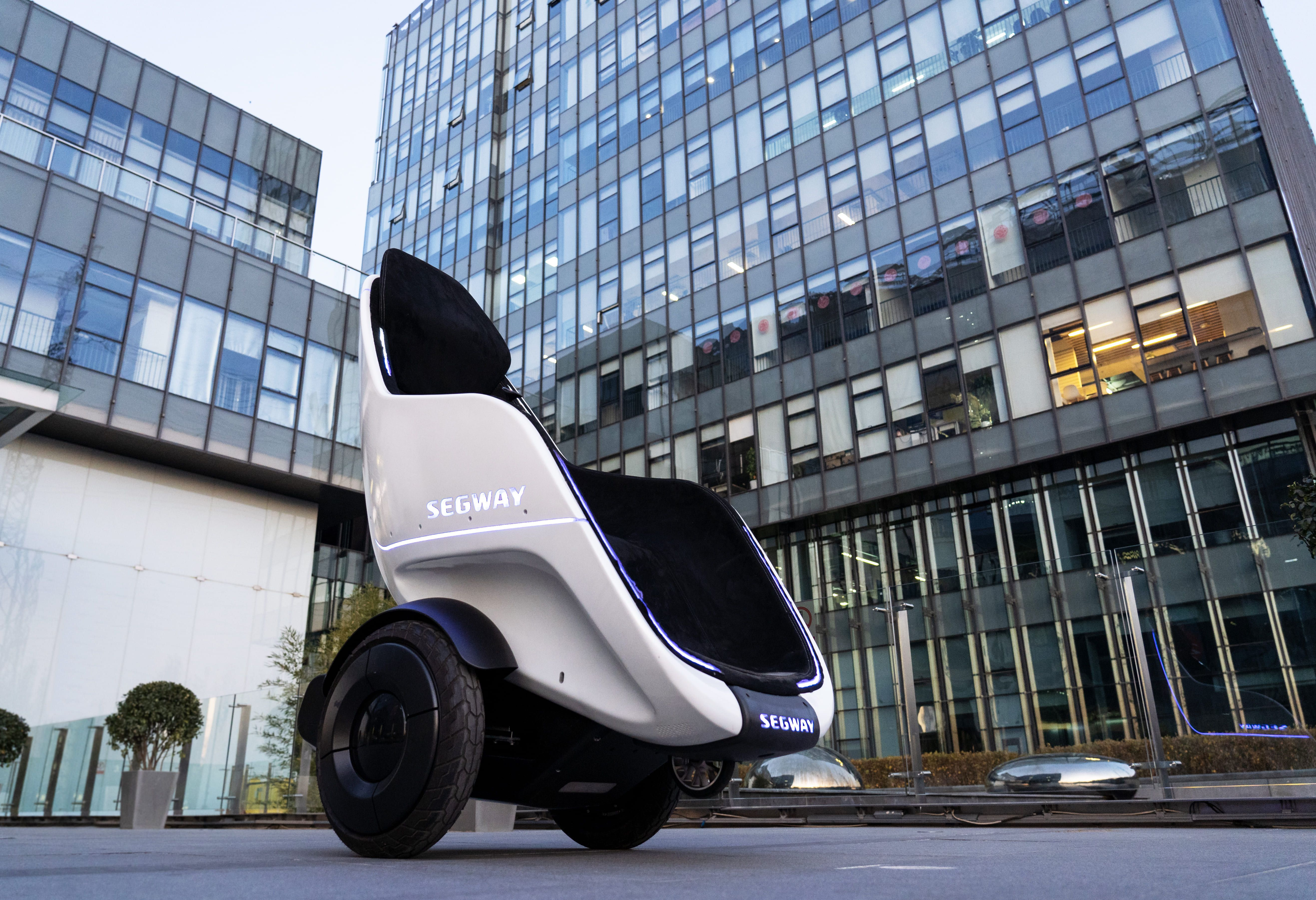 Segway's New Egg-Shaped S-Pod Is a Futuristic People Mover