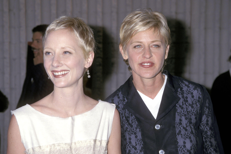 Fotos de la premiere de 'Seis días y siete noches' en el año 1998