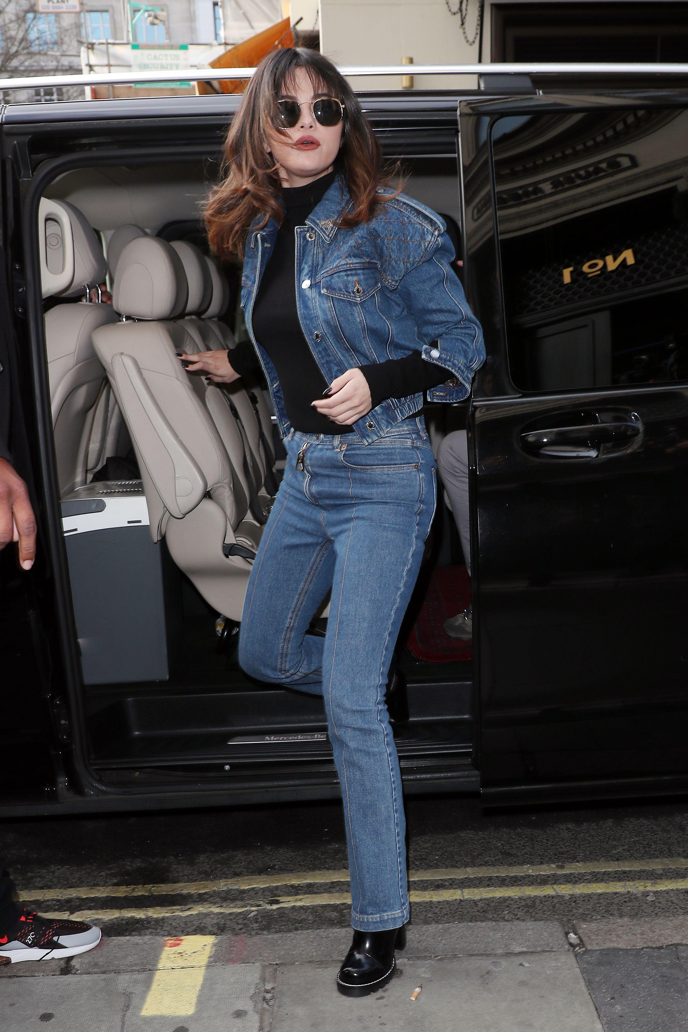 Selena Gomez Style Pictures - Fashion Photos of Selena Gomez