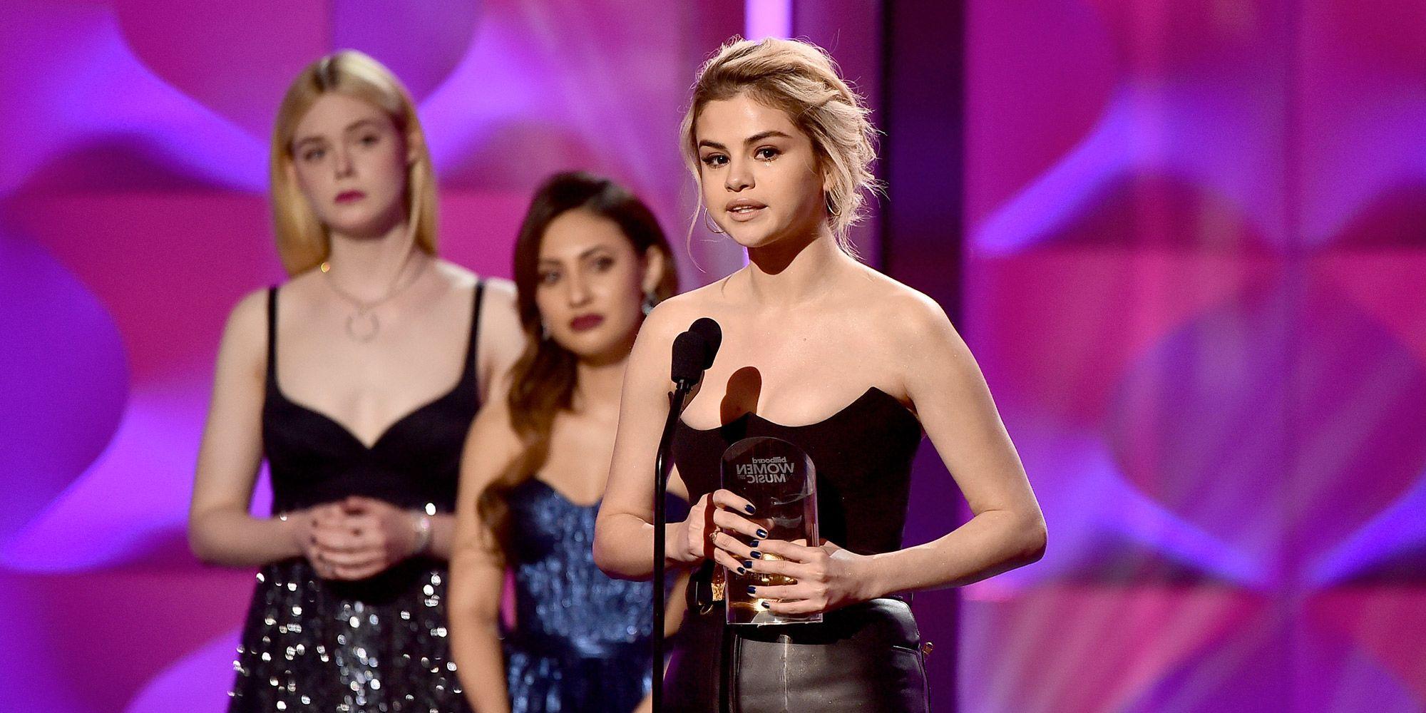 Selena Gomez è donna dell'anno di Billboard e il suo speech commuove tutti