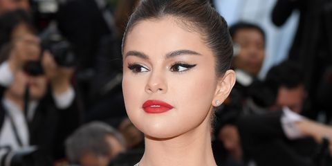 f220edbc5dcd7 Best Selena Gomez Outfits - Cutest Selena Gomez Looks and Street Style