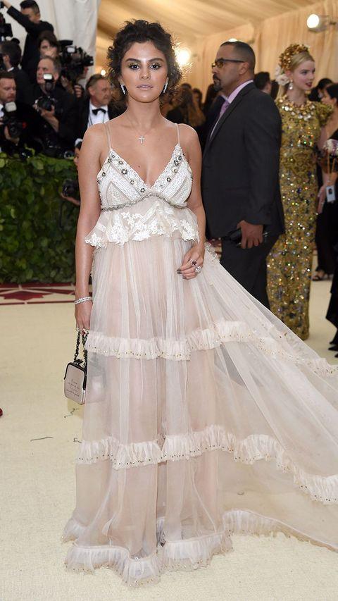 Las famosas peor vestidas de 2018