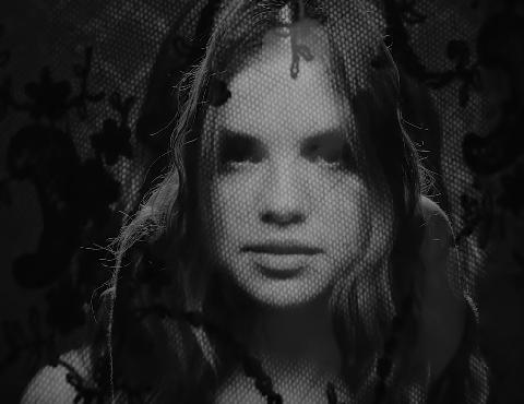 Face, Hair, Black, Photograph, Black-and-white, Monochrome, Beauty, Head, Monochrome photography, Lip,